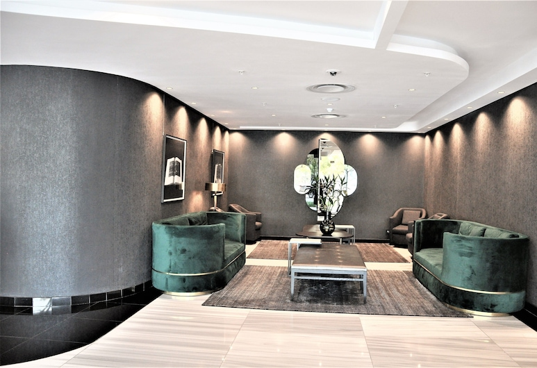 Deluxe Self Catering Studio CPT CTICC, Cape Town, Lobby Sitting Area