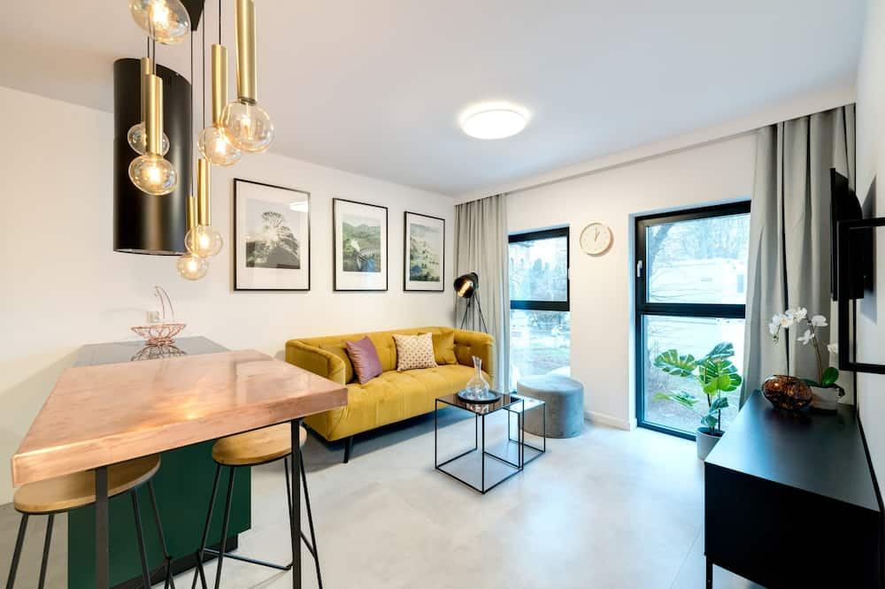 Deluxe Apartment, 1 Katil Kelamin (Double) dengan Katil Sofa (2 adults) - Ruang Tamu