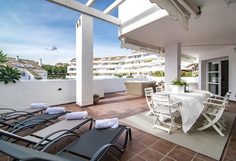 ELD3- Spacious 3 bedroom apt close to Puerto Banus, Marbella, Apartment, 3 Bedrooms, Terrace/Patio