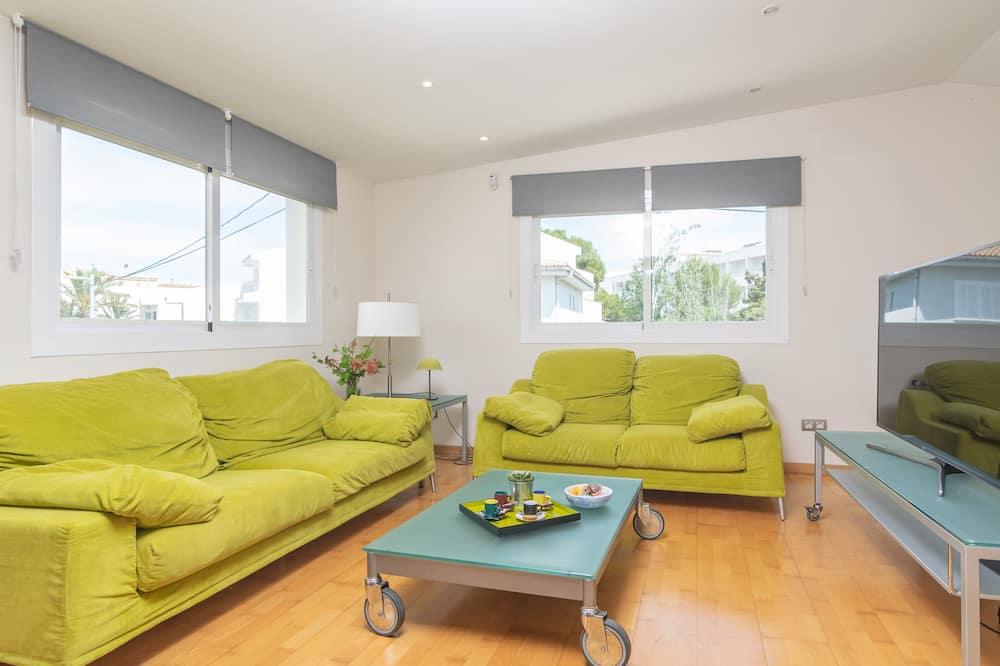 Familjestuga - 3 sovrum - Vardagsrum