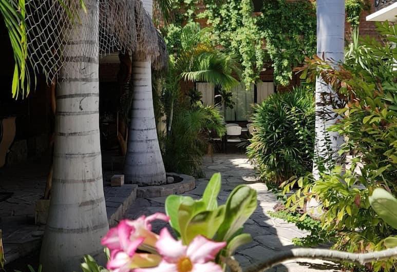 Hotel Alcatraz, Ла-Пас, Стандартный номер, 2 двуспальные кровати «Квин-сайз», Терраса/ патио