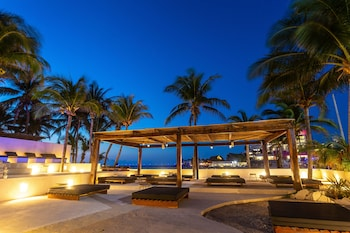 Picture of Lotus Beach Hotel - Adults Only in Isla Mujeres