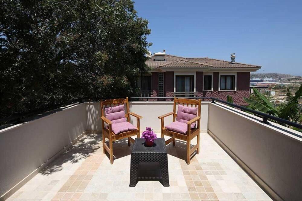 Standard Triple Room - Balcony