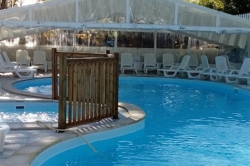 卡利提爾露營飯店