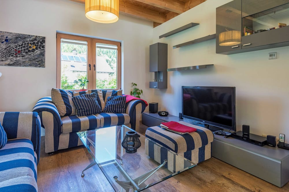 บ้านพัก (incl. cleaning fee & laundry package) - พื้นที่นั่งเล่น