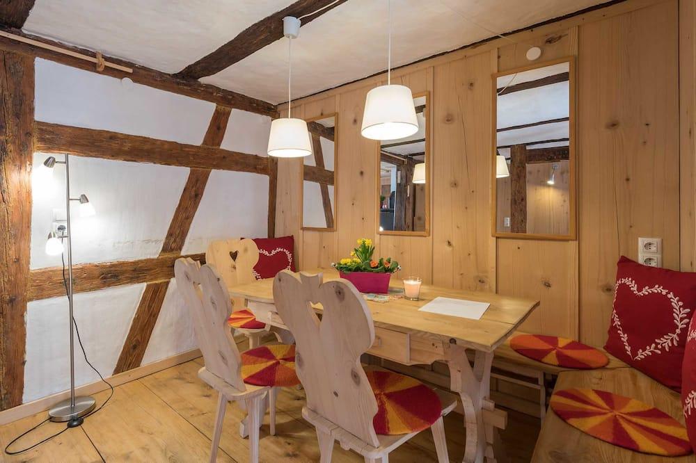 บ้านพัก, 2 ห้องนอน (incl. Cleaning & Laundry fee) - บริการอาหารในห้องพัก
