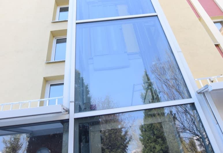 Elegant Apartment Stadion Narodowy, Varsova, Majoitusliikkeen sisäänkäynti