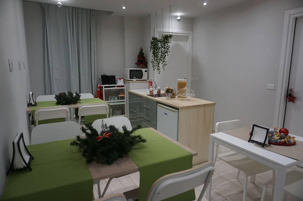 Comfort Tek Büyük Yataklı Oda, Balkon - Ortak mutfak özellikleri