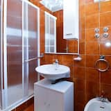 Standard Apartment, 1 Bedroom (0135) - Bathroom