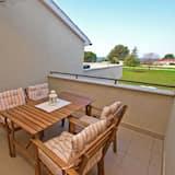Standard-huoneisto, 2 makuuhuonetta (589/1428) - Terassi/patio