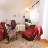 Standard Apartment, 1 Bedroom (761/1774) - Living Room