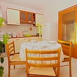 Standard Apartment, 1 Bedroom (1230/11639) - In-Room Dining