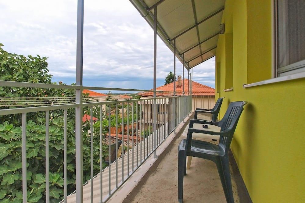 Standard Apartment, 1 Bedroom (1432/13333) - Balcony