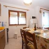 標準公寓, 2 間臥室 (0383) - 客房內用餐