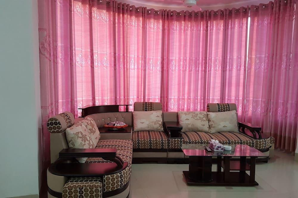 Grand suite, Više kreveta, pogled na resort - Dnevni boravak