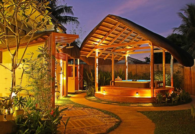 Balai Princesa, Puerto Princesa, Banheira de Hidromassagem Exterior