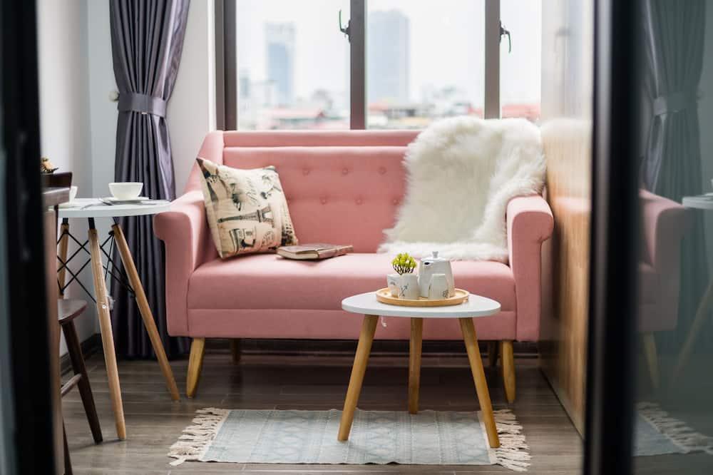 Estudio básico, balcón - Sala de estar