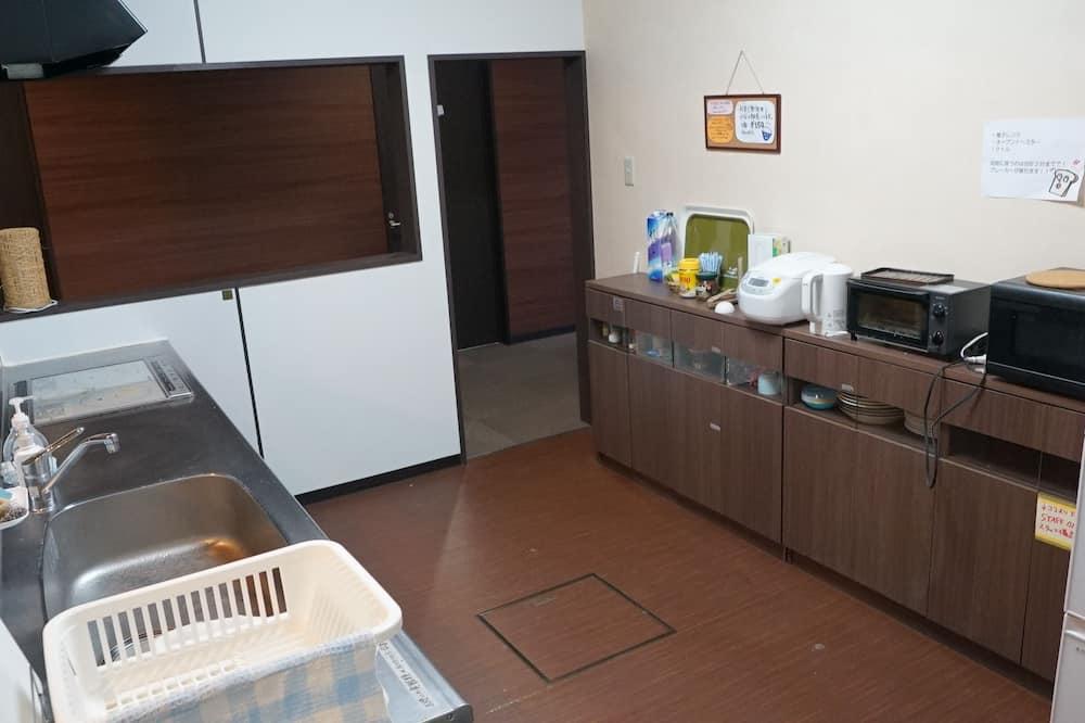 Kahden hengen huone, 1 parisänky - Jaettu keittiö