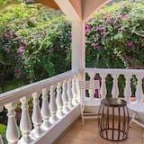 Habitación doble superior, 1 cama Queen size - Vista al jardín