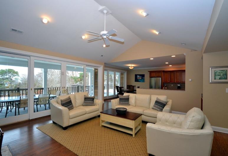 Villa Skylar, Southampton, Living Room