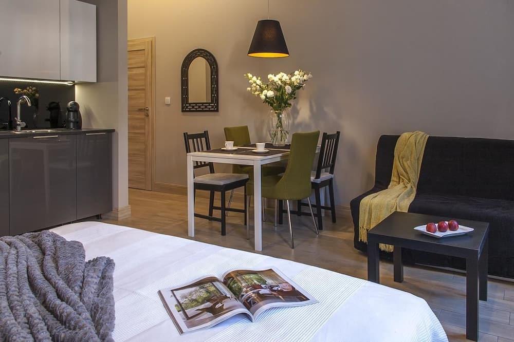 Dzīvokļnumurs, 1 divguļamā karalienes gulta - Dzīvojamā zona