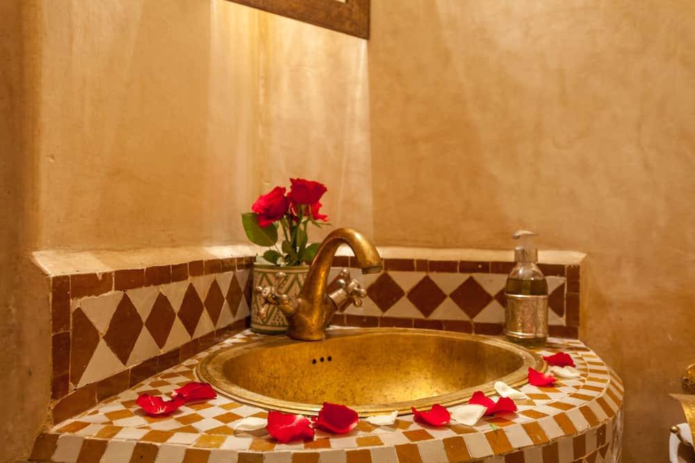 غرفة تقليدية مزدوجة - بحمام داخل الغرفة - حمّام