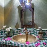 غرفة تقليدية - سرير مزدوج - حمّام