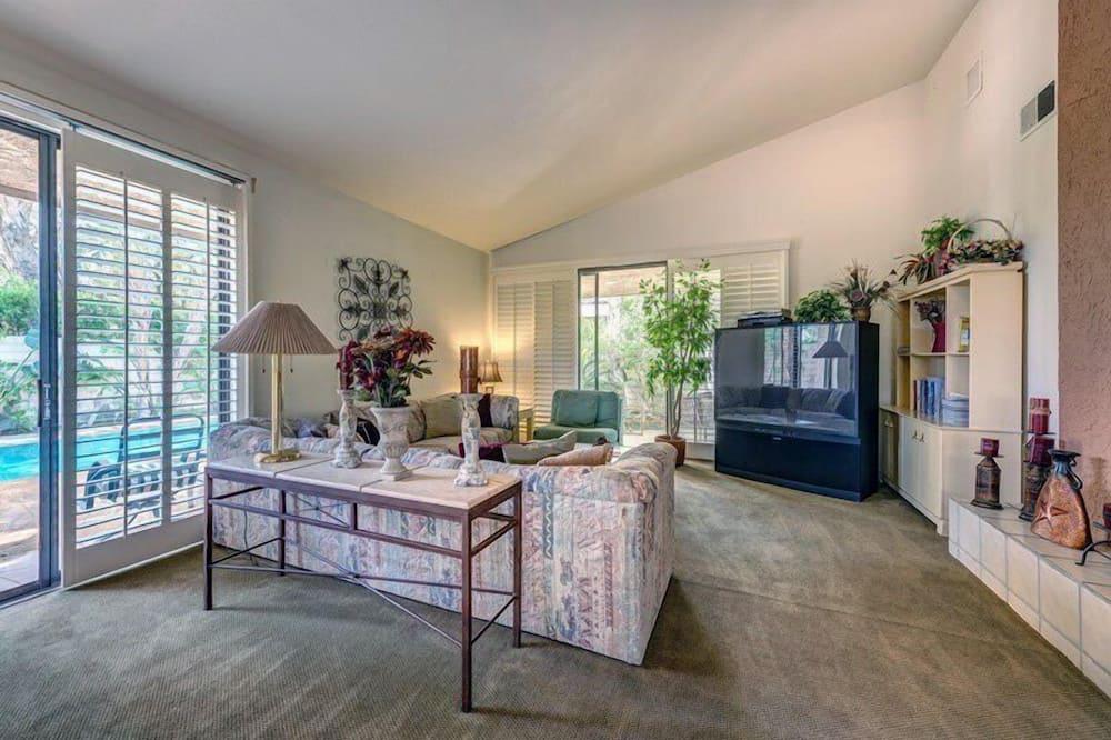 Luxury Villa (3 Bedrooms) - Living Area