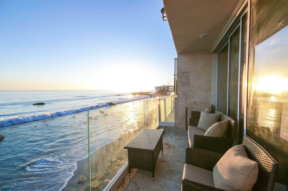 Beachfront Malibu Paradise - 4 Br Home