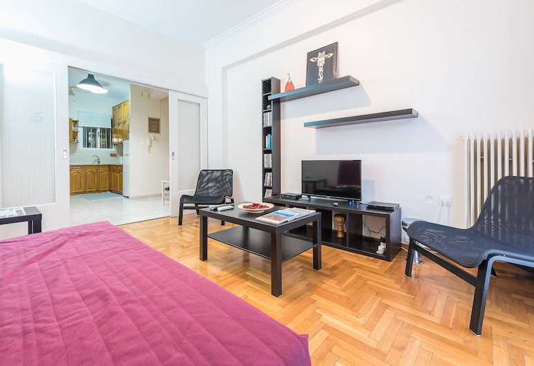 Cozy 2 Bedroom Apartment  by Cloudkeys, Athen, City-Apartment, 2Schlafzimmer, Wohnbereich