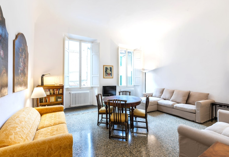 Via Guelfa - Ampio Appartamento, Florence, Apartment, 2 Bedrooms, Living Area