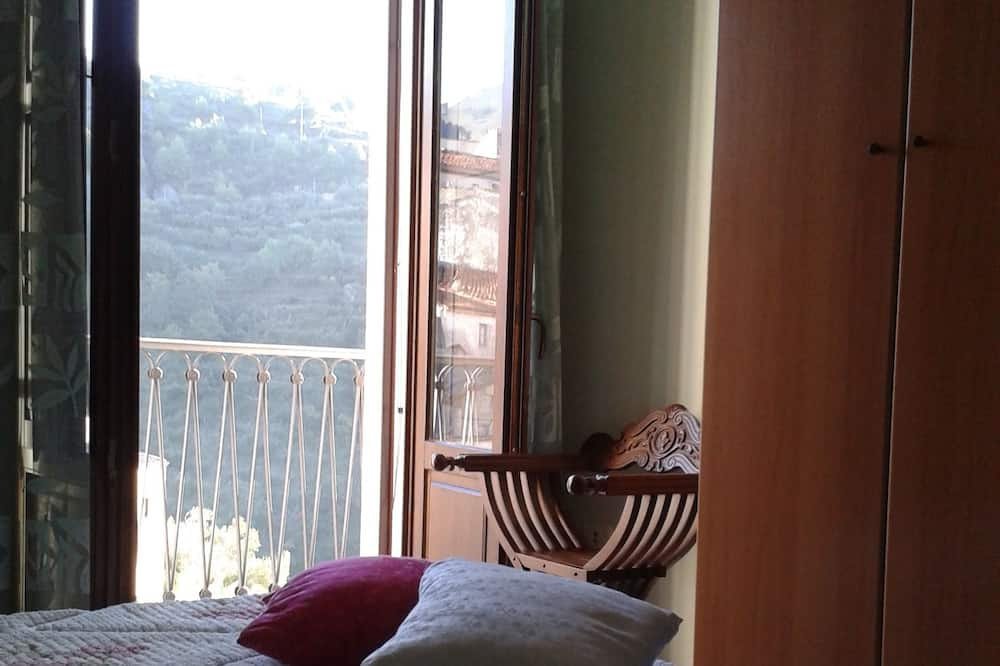 Panoramic Double Room, 1 Bedroom, Shared Bathroom, Mountain View - Guest Room View
