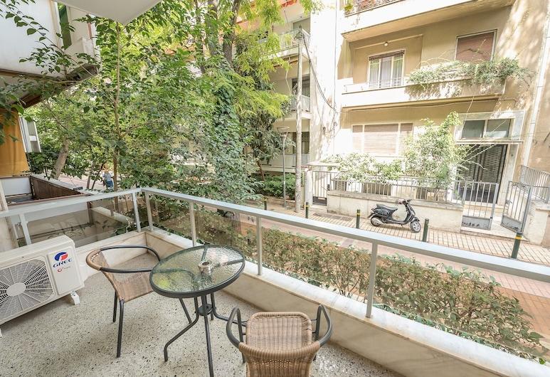 Elegant Home in Quiet Street  by Cloudkeys, Atenas, Apartamento superluxo, Piso térreo, Varanda
