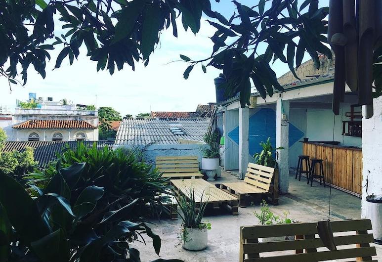 馬琳青年旅舍, 喀他基那, 陽台