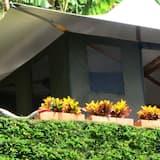 Phòng đôi Junior, 1 giường cỡ king, Quang cảnh vườn - Quang cảnh vườn