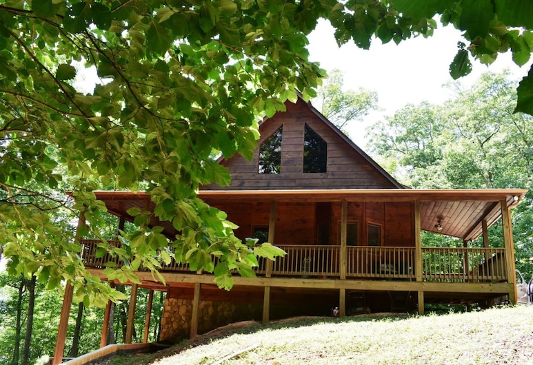 Misty Mountain Hideaway, Morganton