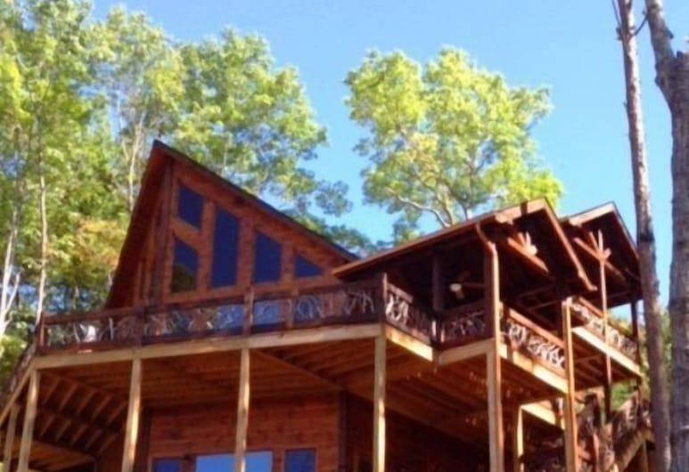 Arcadia, Blue Ridge, Front of property