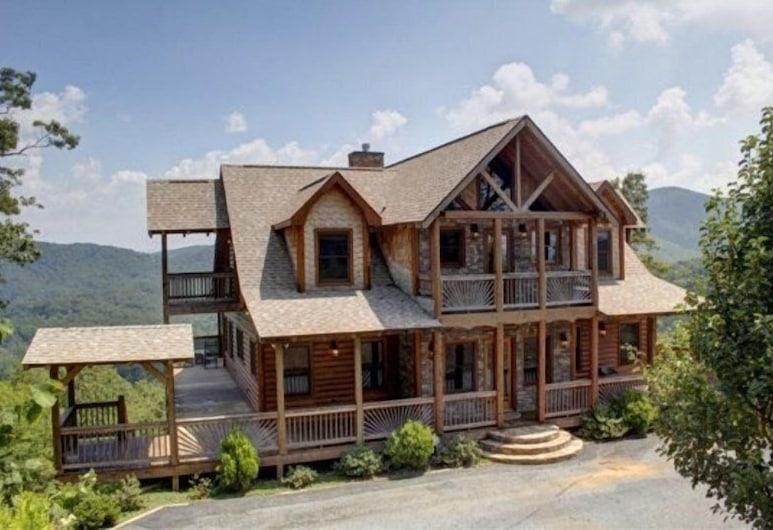 The Lodge, Blue Ridge