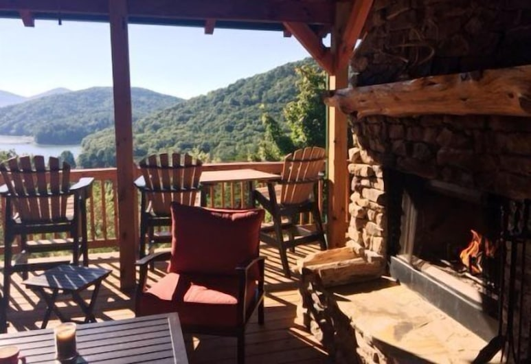 Lights Lodge, Blue Ridge