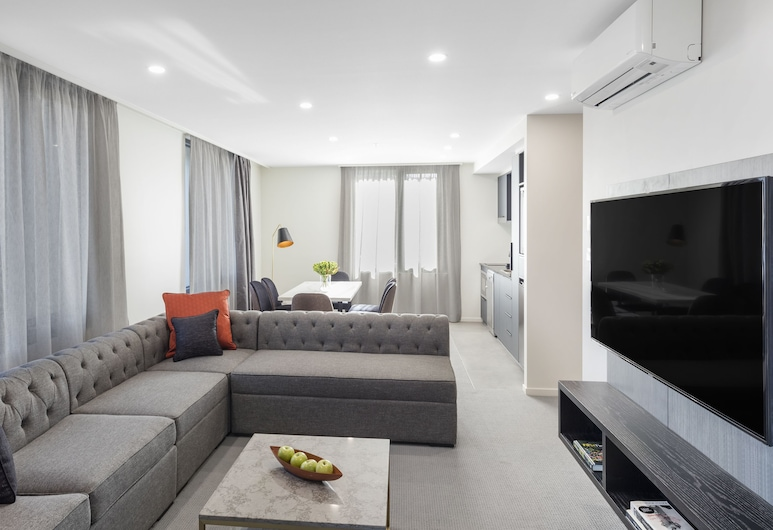 Deco Hotel, Braddon, Two Bedroom Apartment Suite, Guest Room
