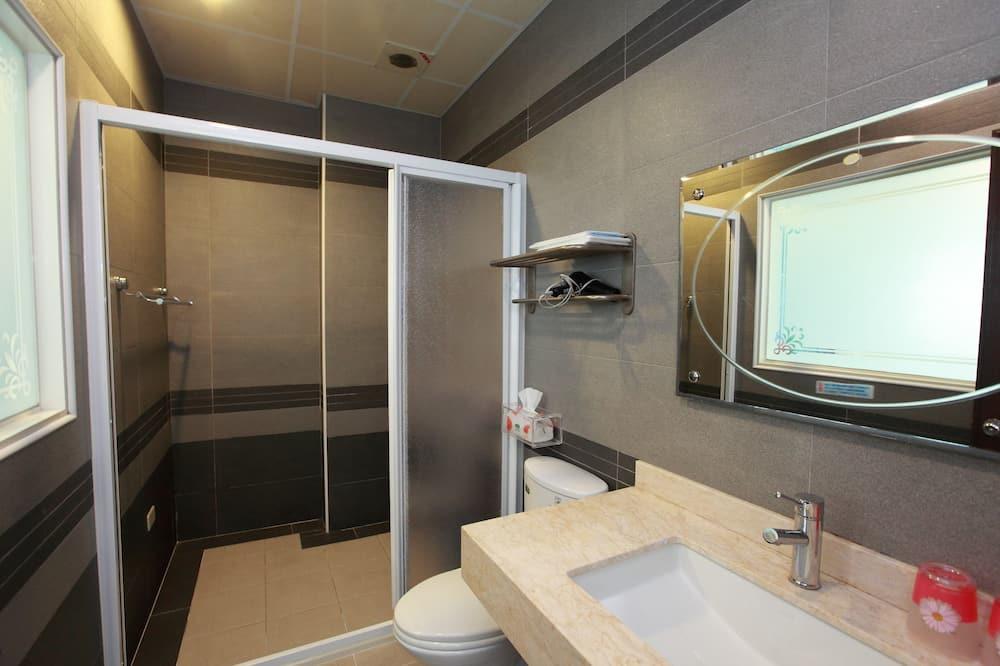 ห้องพักสำหรับสี่ท่าน - ห้องน้ำ