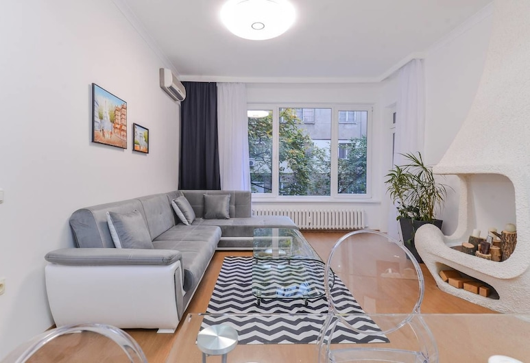 FM Deluxe 2-BDR Apartment - Sweet Home, Sofia, Apartment (2 Bedrooms), Room