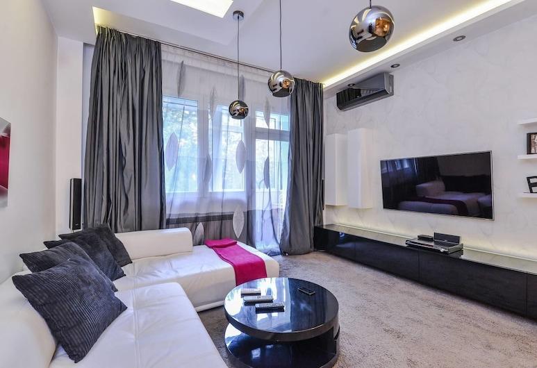 FM Deluxe 1-BDR Apartment - Extravaganzzo, Sofia, Apartment (1 Bedroom), Room