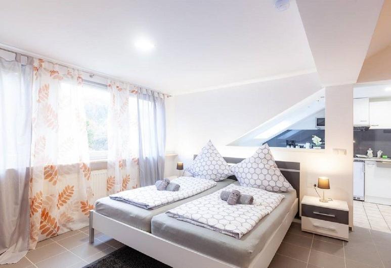 Ferienwohnungen A&S im Mittelrheintal, Remagen, Romantic Apartment, 2 Bedrooms, Garden View, Room