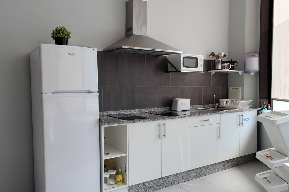 1 bed in a shared mixed dorm - Shared kitchen