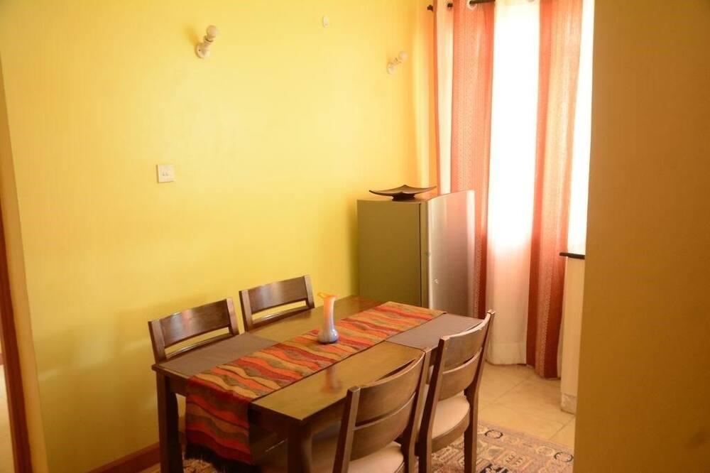Comfort apartman, Više kreveta, za nepušače - Obroci u sobi