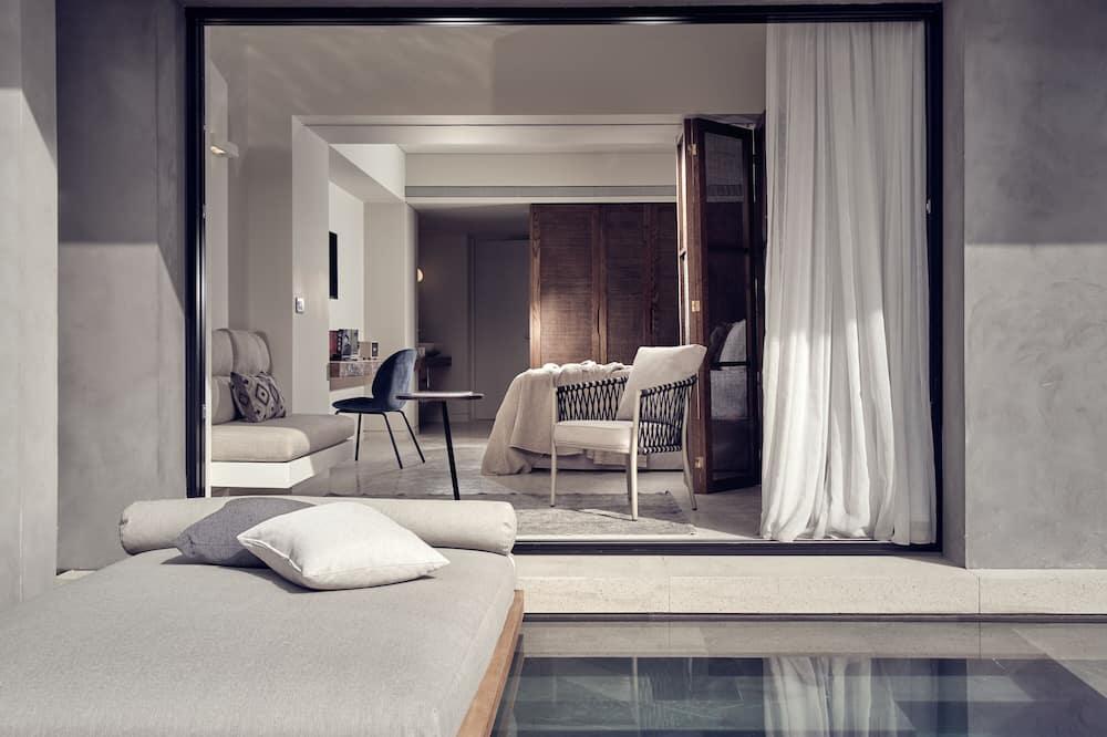 Juniorsvit - privat pool - Utsikt från gästrum