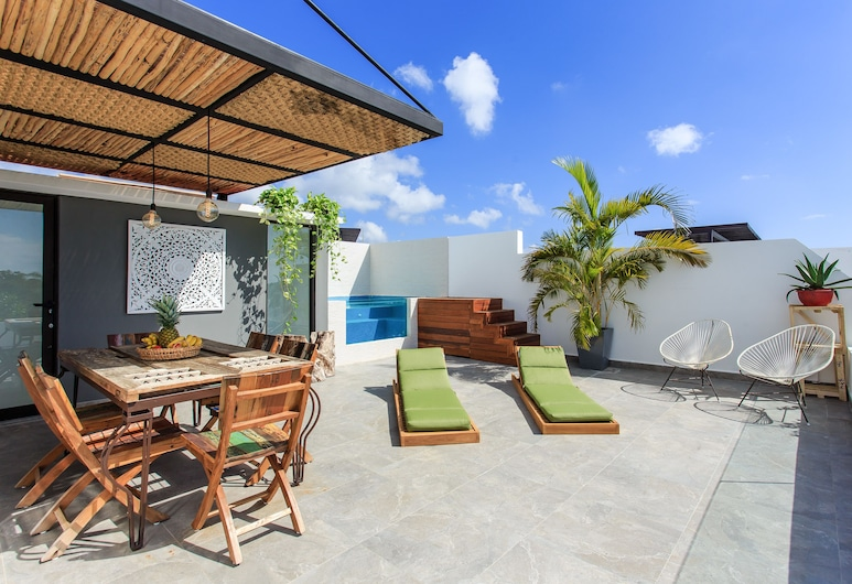 Unique Penthouse Tulum with Private Rooftop, Tulum