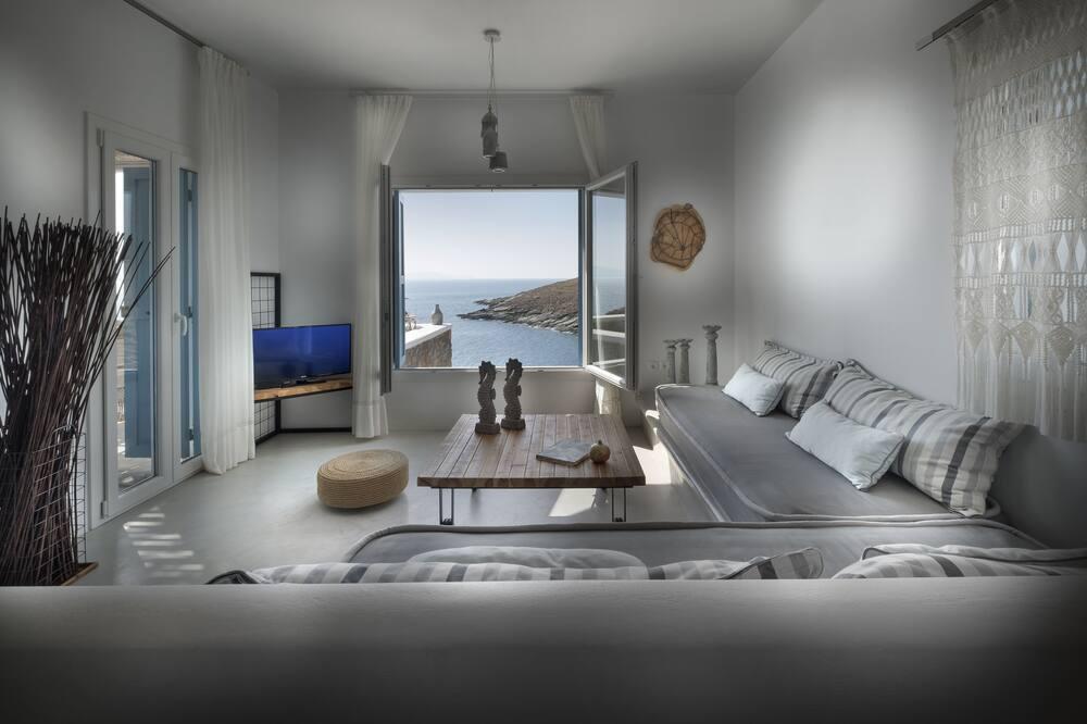 Вилла «люкс», вид на море (2) - Гостиная