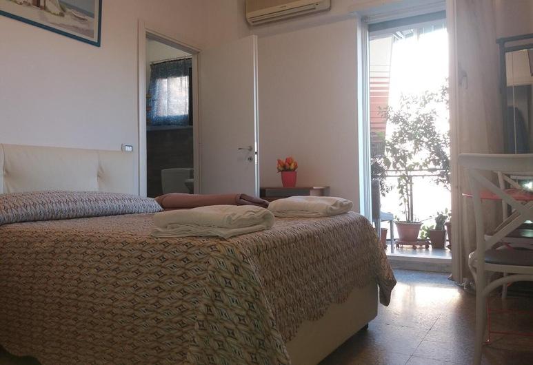 Apartment Silvy Trastevere, Rome, Room